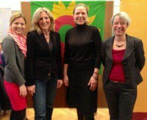 Neben mir Sabine Nallinger, Grüne OB-Kandidatin, Doris Wagner, Bundestagskandidatin und Lydia Dietrich, Stadrätin an unserem Infostand