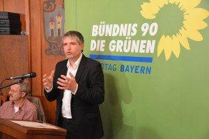 Sven Giegold bei seinem Vortrag über die Risiken des Freihandelsabkommens TTIP