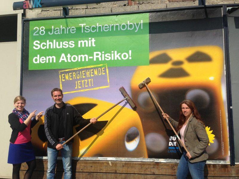 Zum 28. Jahrestag von Tschernobyl mit Antje Wagner und Markus Büchler