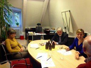 Katharina Schulze mit Christine Lissner vom OV Nord, Franz Lindinger, dem Geschäftsführer, und Dr. Hubertus Schröer aus dem Vorstand des Vereins für Stadtteilarbeit