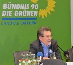 Werner Dietrich berichtet von neuen Erkenntnissen zum Oktoberfestattentat