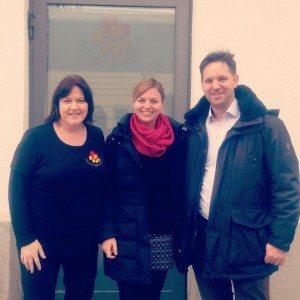 Katharina Schulze besucht die Tiertafel München