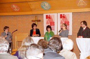 Katharina Schulze diskutiert bei der KAB