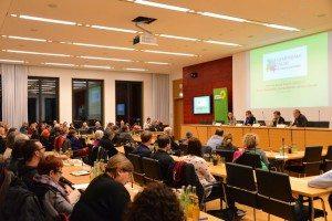 Voller Saal beim Fachgespräch zu Pegida im Bayerischen Landtag