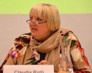 Claudia Roth erklärt die Rolle der G7 beim Klimaschutz