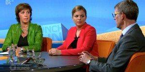 Moderatorin Ursula Heller, Katharina Schulze und Arno Helfrich von der Polizei München (v.l.n.r.)