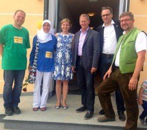 Pfaffenhofen ist bunt! Schönes Fest mit vielen Grünen, u.a. dem bedrohten Grünen 3. Bürgermeister Roland Dörfler