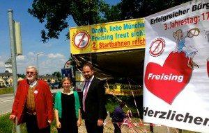 Aktion zum Dritten Jahrestag des Bürgerentscheides in Freising