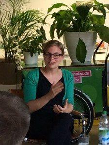Katharina Schulze in der Diskussion.