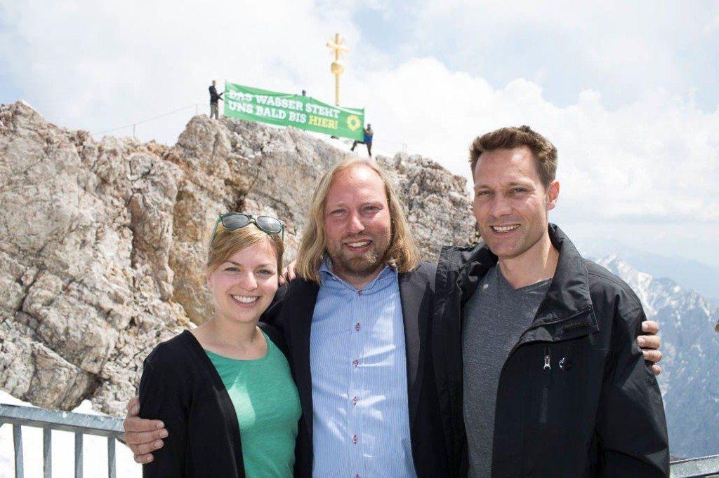 Katharina Schulze, Toni Hofreiter und Ludwig Hartmann auf der Zugspitze