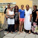 Leiterin Uschi Weber, Katharina Schulze und das Team vom MGH am Hart