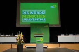 Ruhe vor dem Sturm: Grüner Parteitag 2015 © W. Schmidhuber