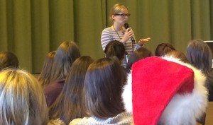 Katharina Schulze bei der Maria-Ward-Realschule