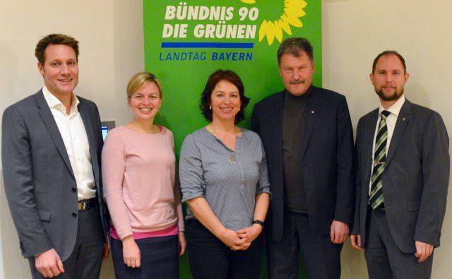 Ludwig Hartmann, Katharina Schulze und Gisela Sengl von den Grünen sprachen mit Peter Schall und Michael Ertl von der GDP über die Situation der Bayerischen Polizei.