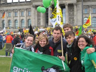 Die Grüne Jugend auf der Großdemo gegen Atomkraft in Berlin