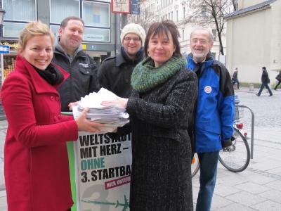 Viele Unterschriften gesammelt, um in München einen Bürgerentscheid zu erreichen.
