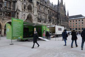 Die Roadshow zum Frauenwahljahr startet am Münchner Marienplatz