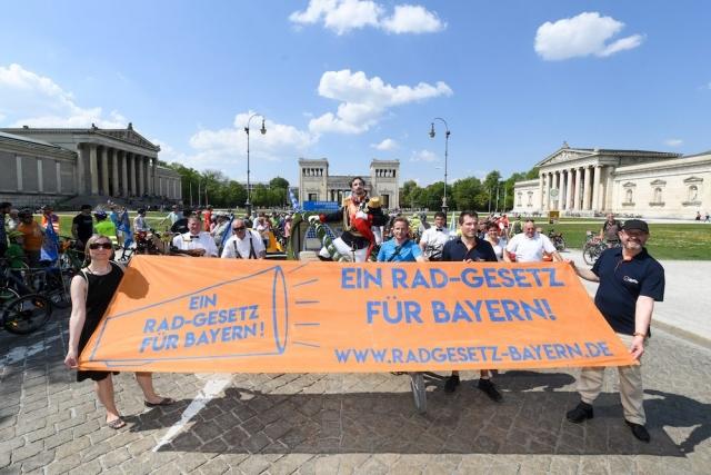 Ein Rad-Gesetz für Bayern fordert beispielsweise die ADFC-Landesschefin Bernadette Flesch | Foto: Tobias Hase