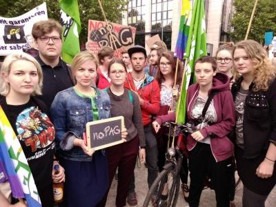 SchülerInnen und Studierende gingen in München gegen das PAG auf die Straße. Mit dabei: Katharina Schulze.
