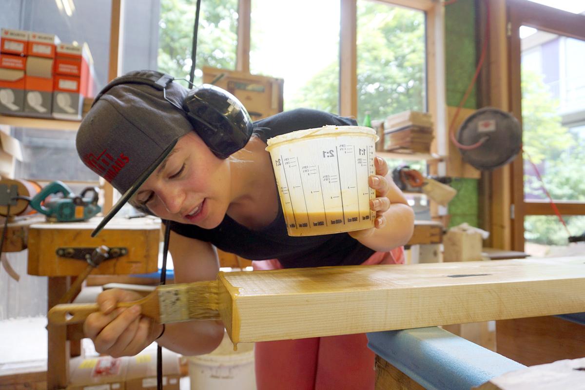 Im Einsatz für Bayern in einer Schreinerei in Laufach - hat Spaß gemacht mit Holz zu arbeiten!