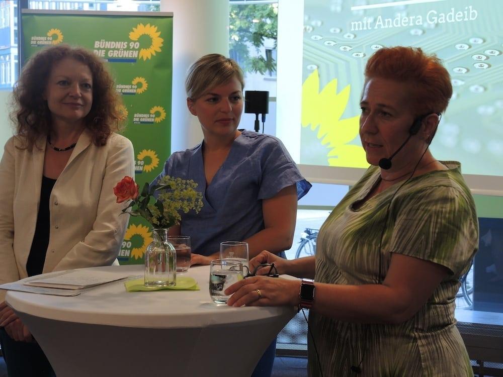 Grüner Wirtschaftsempfang: Margarete Bause, Katharina Schulze, Andera Gadeib