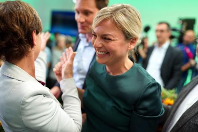 Erste Reaktionen aufs Wahlergebnis: Freude im Landtag