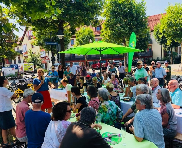 August: open air Townhall in Grafing - tolle Gespräche!