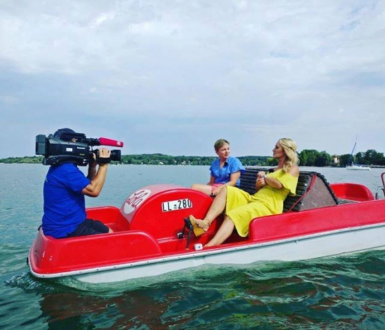 August: Interview auf dem Tretboot mit Sat 1 Bayern.