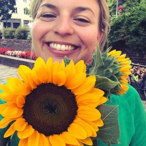 August: Sonnenblumen im Wahlkampf bei den Grünen, ein Klassiker!