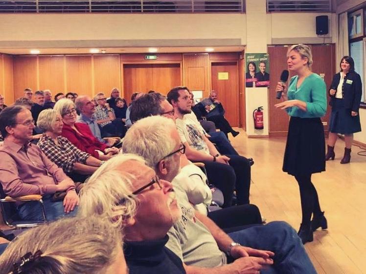 Eine von vielen Townhall-Veranstaltungen: hier im Landkreis München.